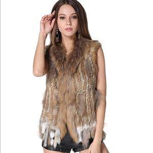 Rabbit Fur Vests with 🦝 Raccoon Fur Collar